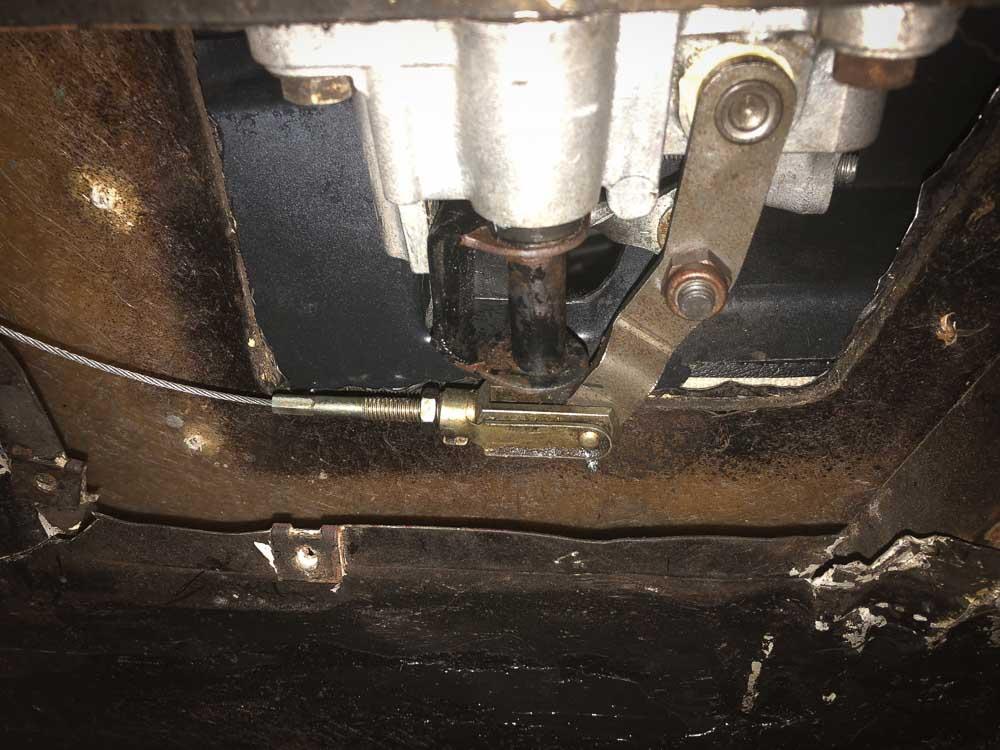 Ferrari 308 throttle cable pedal connection
